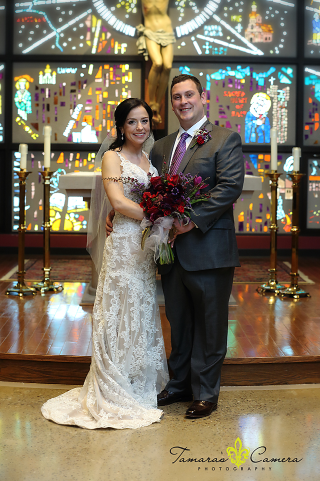 sacred heart of mary, weirton wedding photographer, pittsburgh wedding photographer, spring wedding, bride and groom, stained glass, church