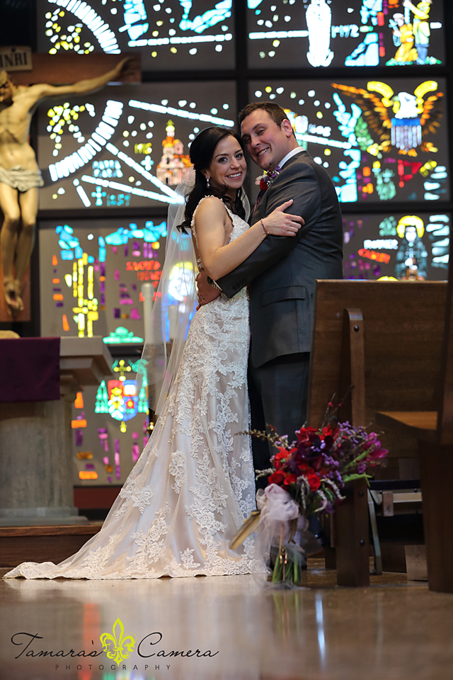 sacred heart of mary, weirton wedding photographer, pittsburgh wedding photographer, spring wedding, bride and groom, stained glass, church, flowers, bouquet