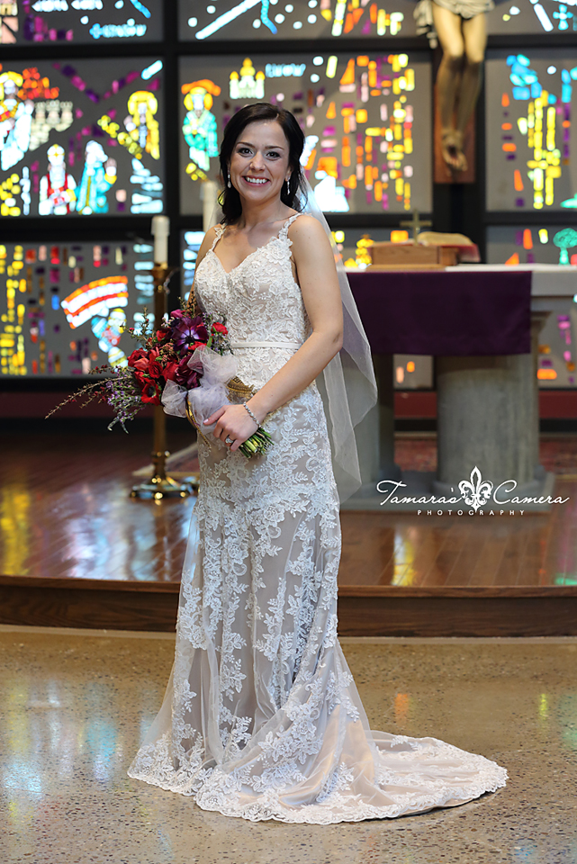 sacred heart of mary, weirton wedding photographer, pittsburgh wedding photographer, spring wedding, bride and groom, stained glass, church, the bride, wedding gown, flowers