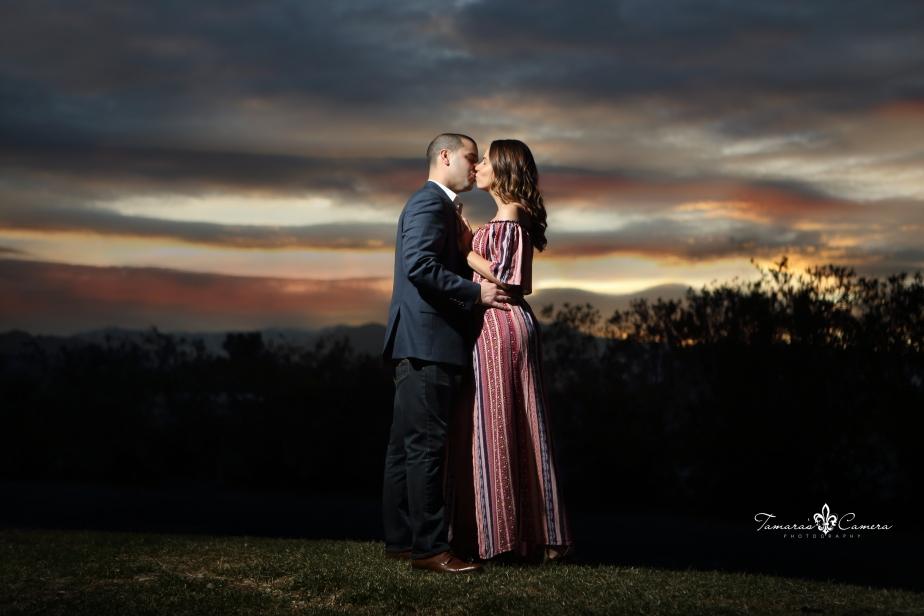 vegas, sunset, couples, engagement photos, wedding photographer, steubenville wedding photographer